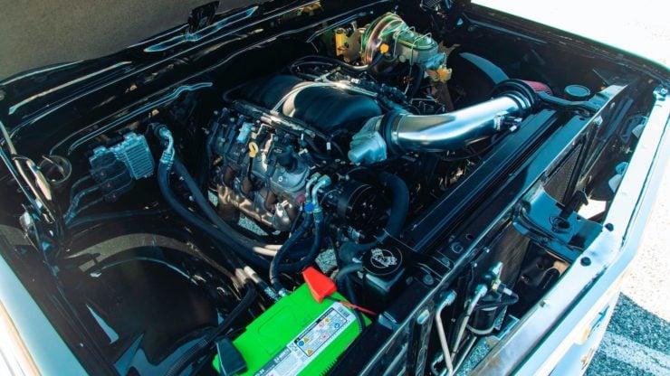 Chevrolet K5 Blazer Restomod Engine