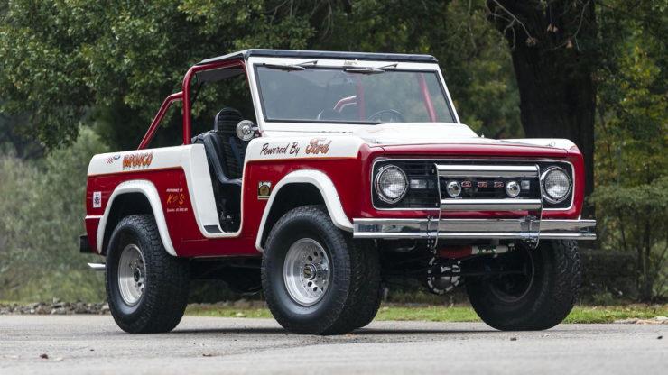 Ford Bronco Desert Racer 11
