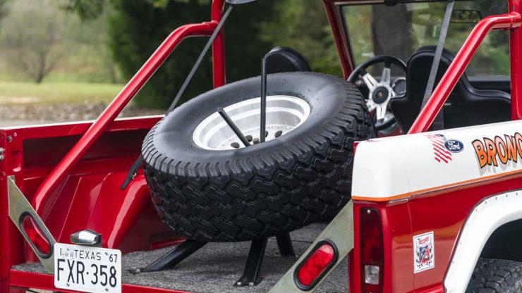 Ford Bronco Desert Racer 9
