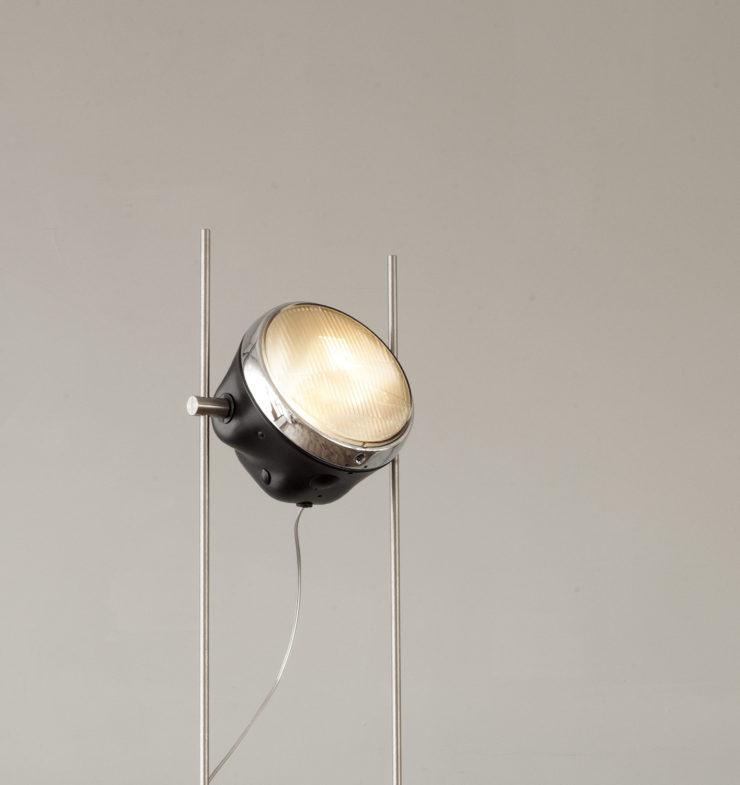 Halley R-Lamp 1