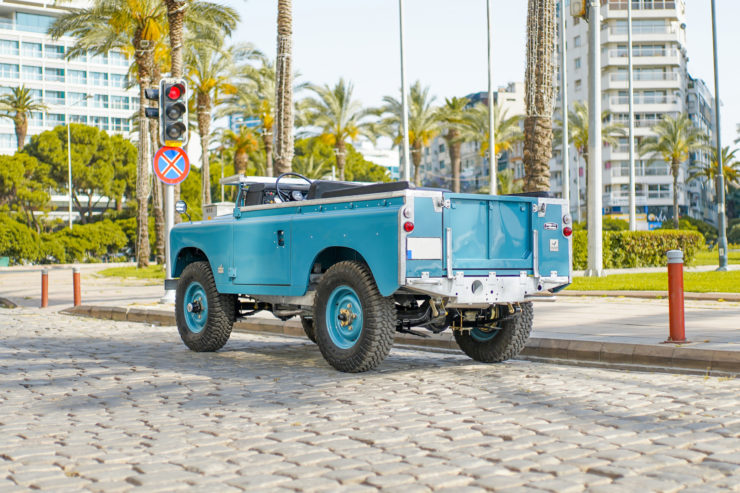 Land Rover Series Back
