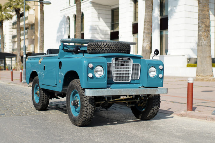 Land Rover Series Front