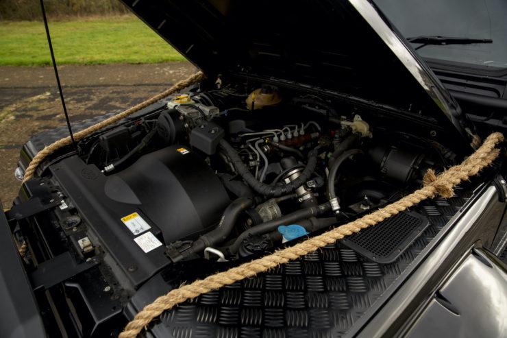 Land Rover Defender SVX Spectre Engine 2