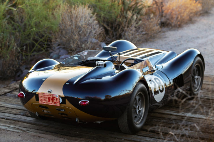 Lister-Jaguar Knobbly 1