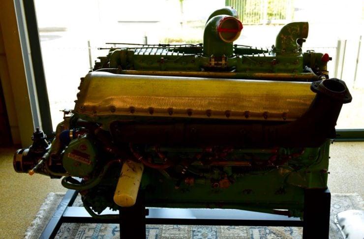Rolls-Royce Merlin Meteor V12 Engine 4