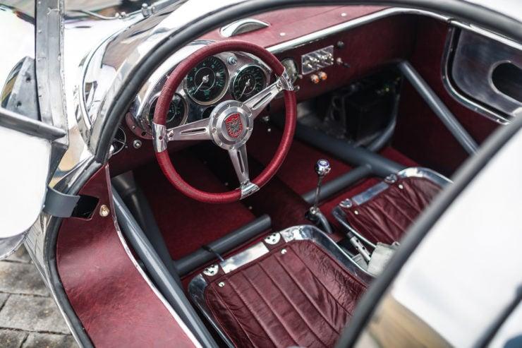 Runge RS010 Steering Wheel