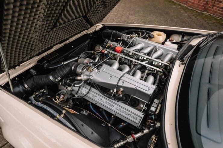 Aston Martin V8 Volante Zagato Engine