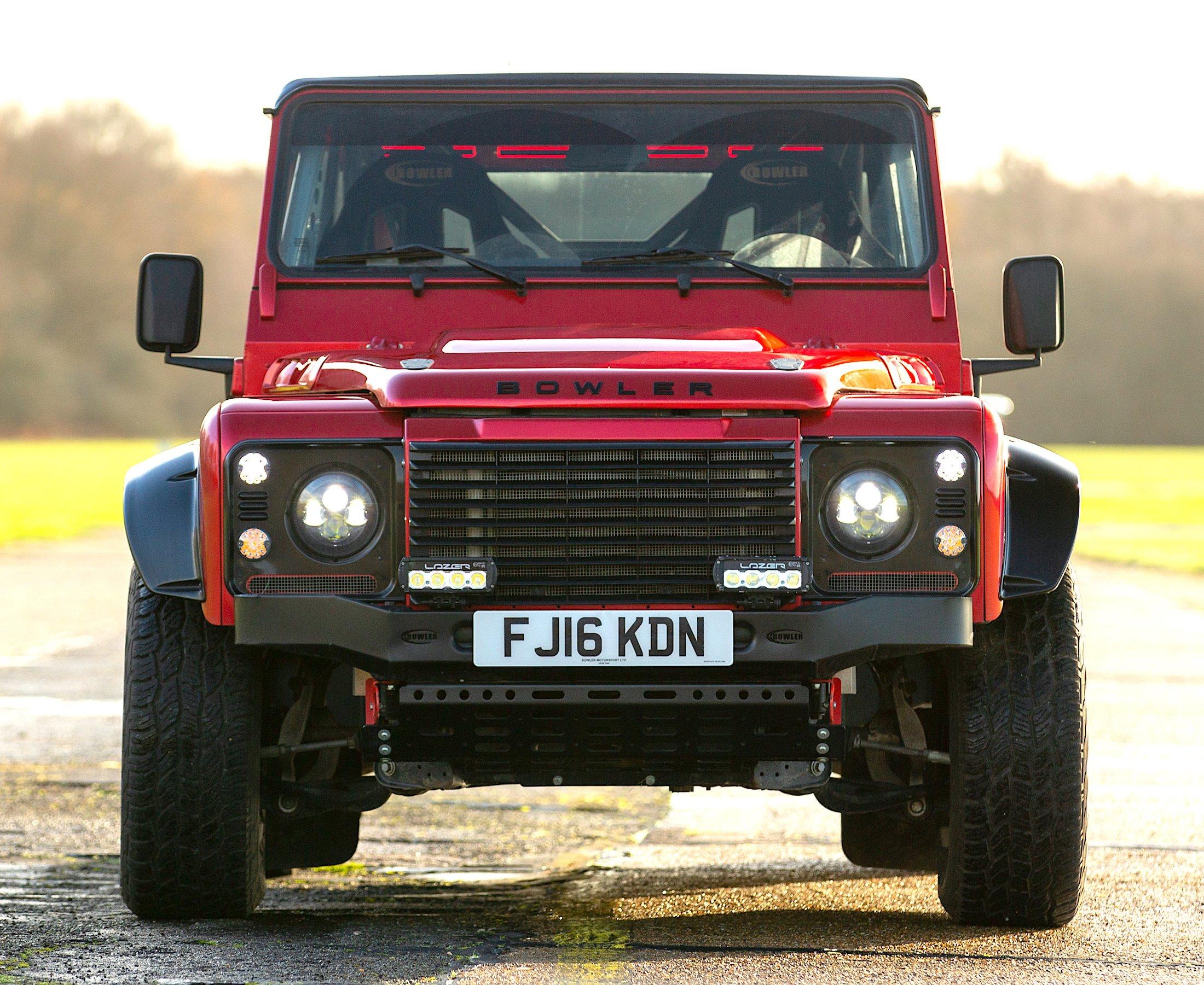 Bowler CSP V8 Land Rover Defender 5