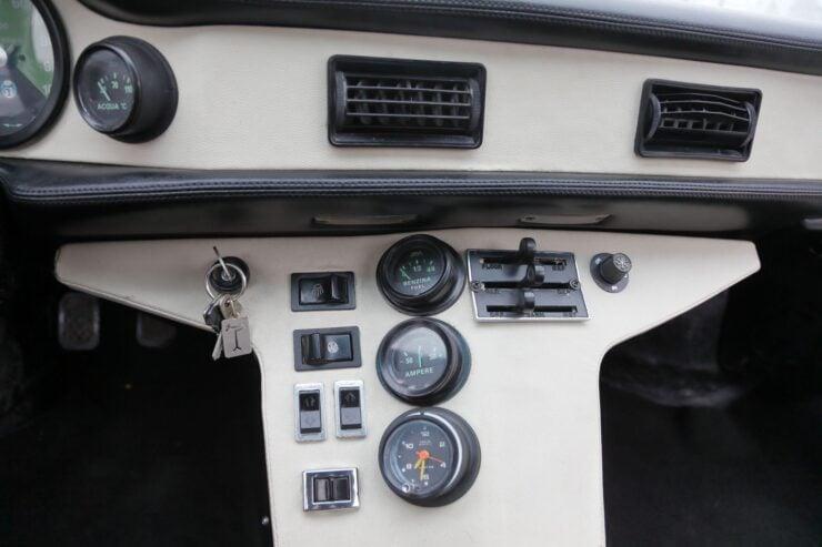 De Tomaso Pantera GTS Console