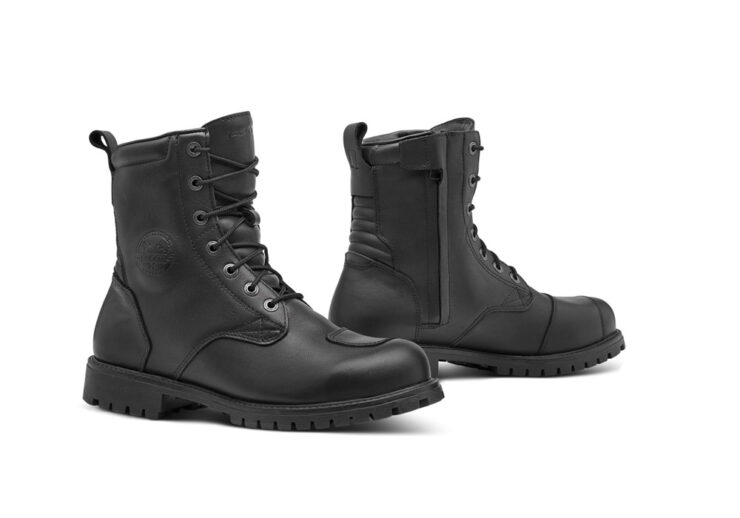 Forma Legacy Boots