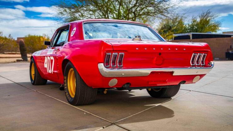 Holman & Moody Ford Mustang 4