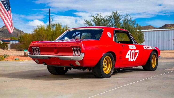 Holman & Moody Ford Mustang 6