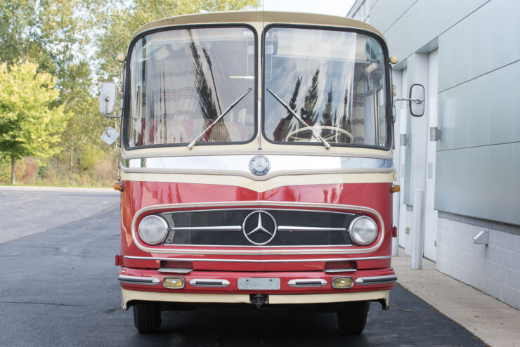 Mercedes-Benz O321H Bus Camper RV 4