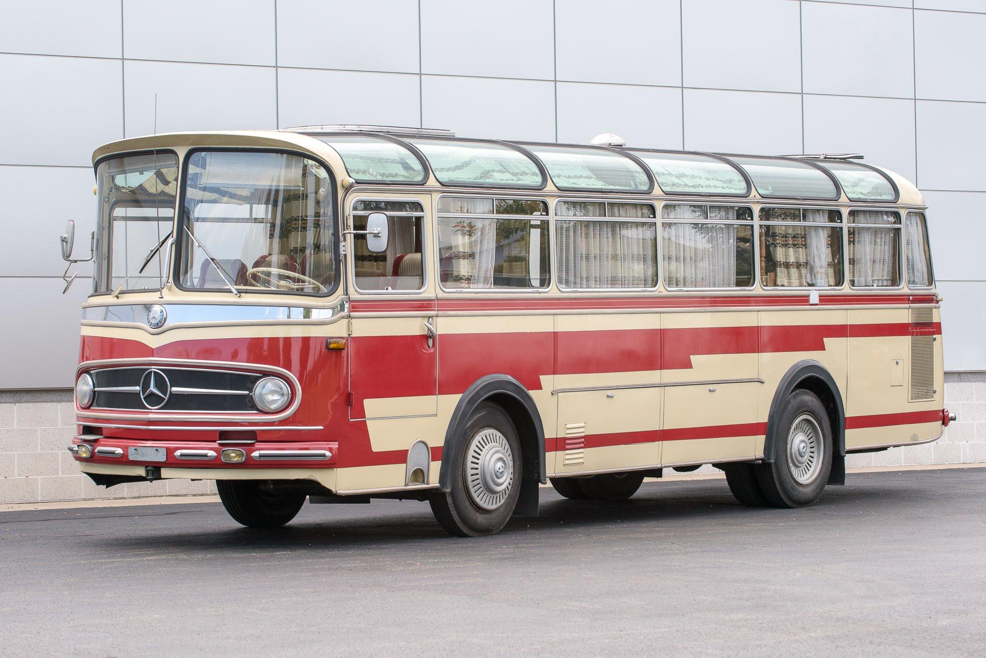 Mercedes-Benz O321H Bus Camper RV