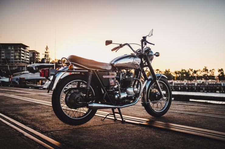 Triumph 750cc Bonneville 5