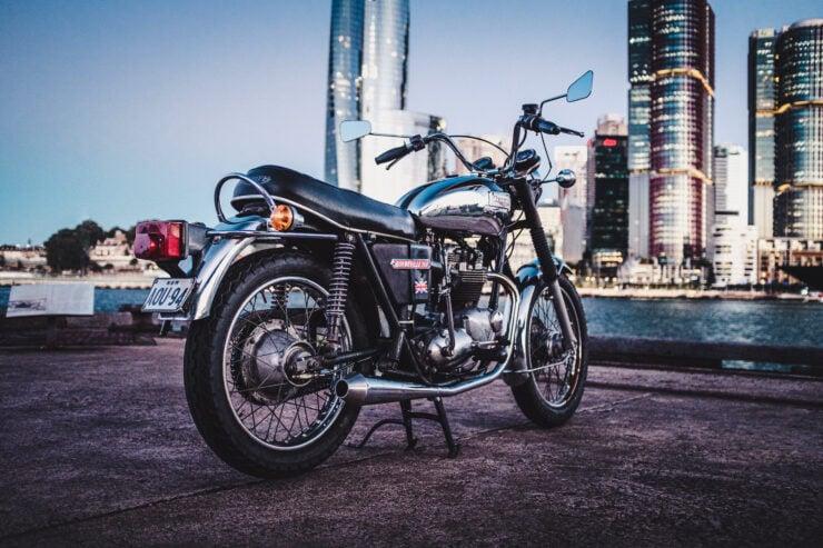 Triumph 750cc Bonneville 8