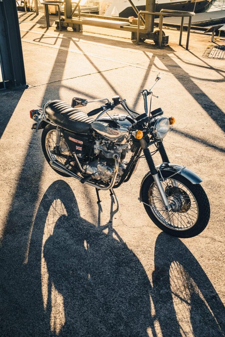 Triumph 750cc Bonneville Long