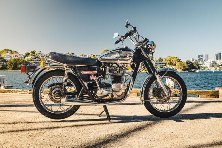 Triumph 750cc Bonneville Side