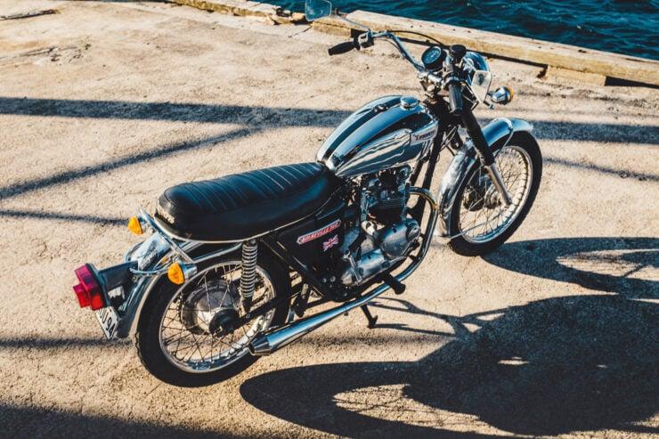 Triumph 750cc Bonneville Top