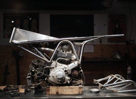 Custom Ducati 900SS 12