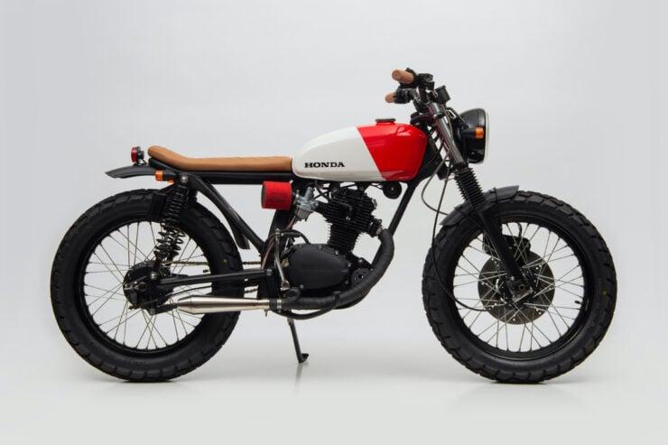 Honda CB125 Motorcycle 10