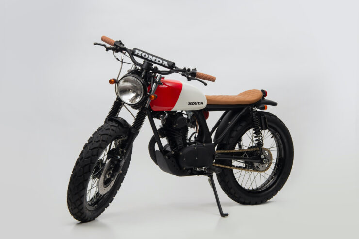 Honda CB125 Motorcycle 12