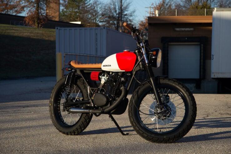 Honda CB125 Motorcycle 8