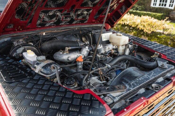 Land Rover Defender V8 Engine
