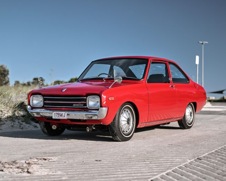Mazda 1200 Coupe 15