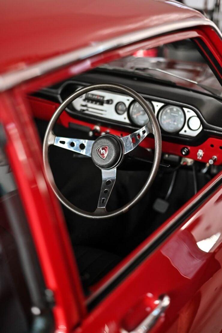 Mazda 1200 Coupe 17