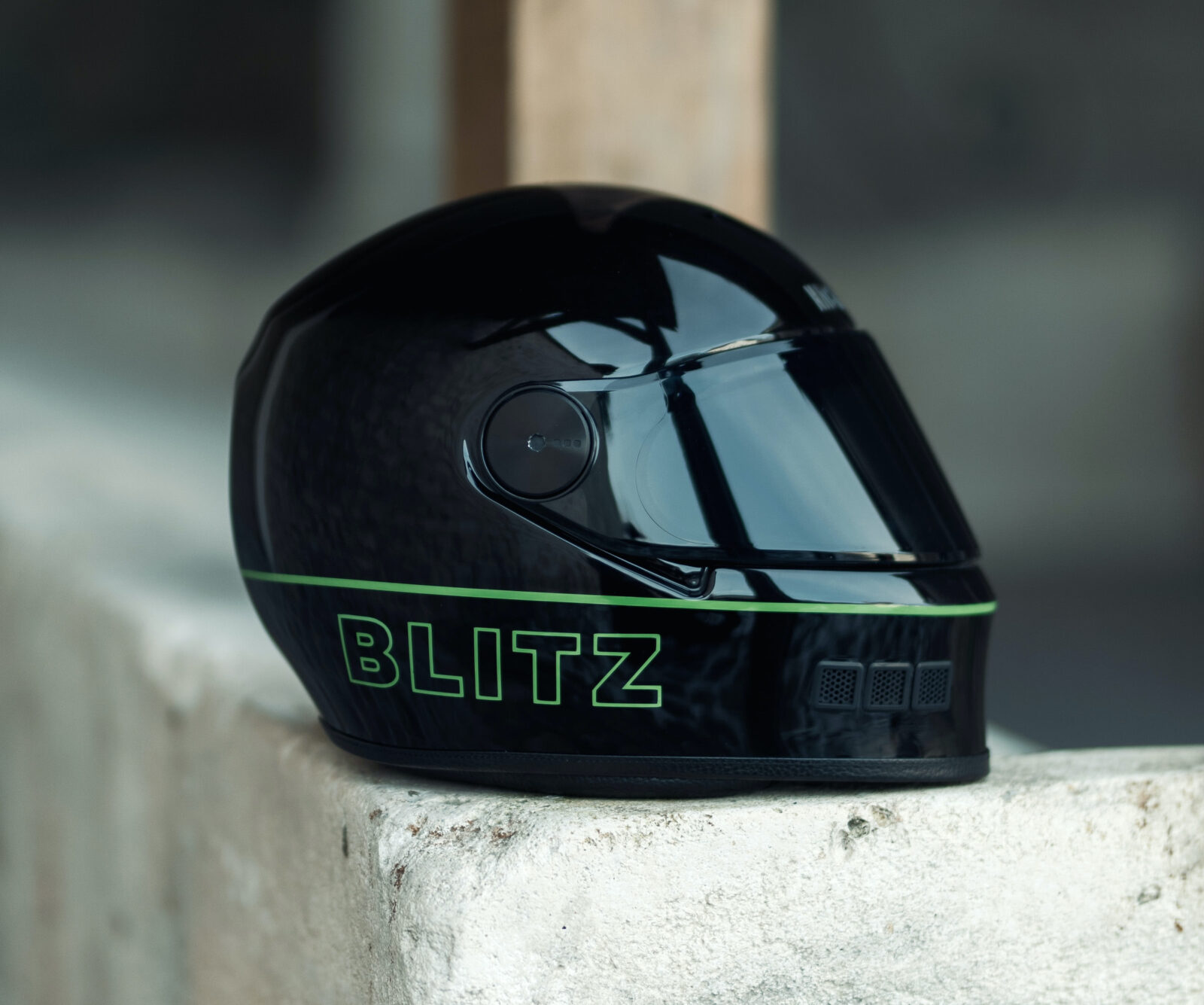 NACA x Blitz Full Face Helmet 2