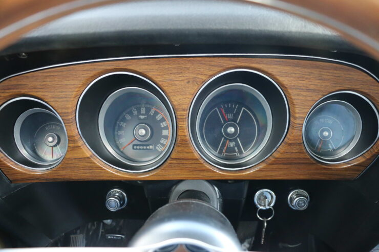 1969 Ford Mustang Mach 1 Gauges