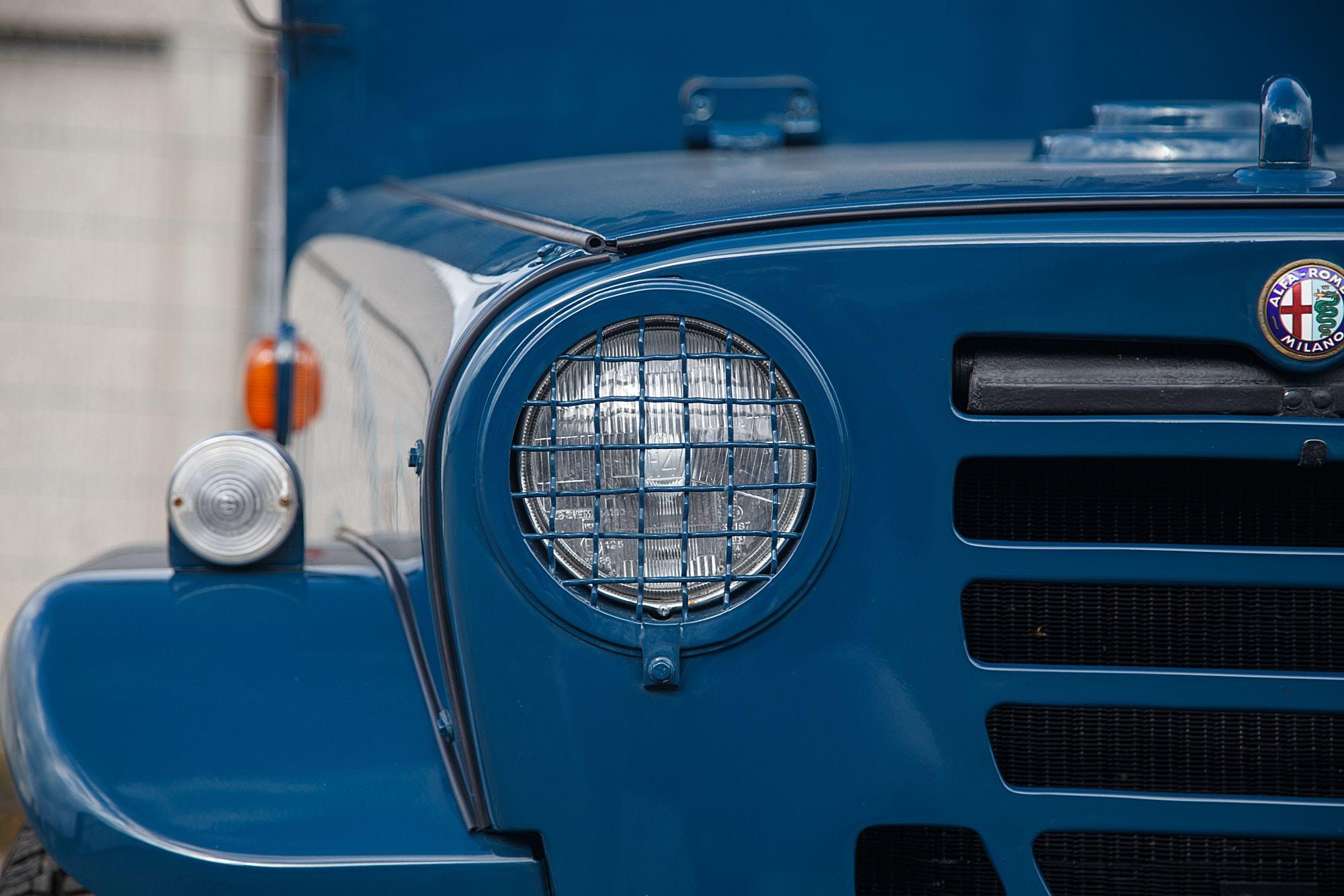 Alfa Romeo Matta AR51 4x4 8