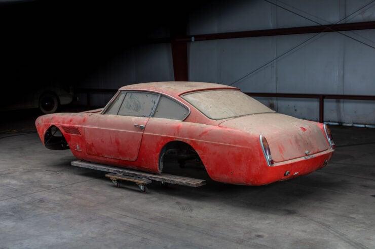 Ferrari 250 GTE Body 1