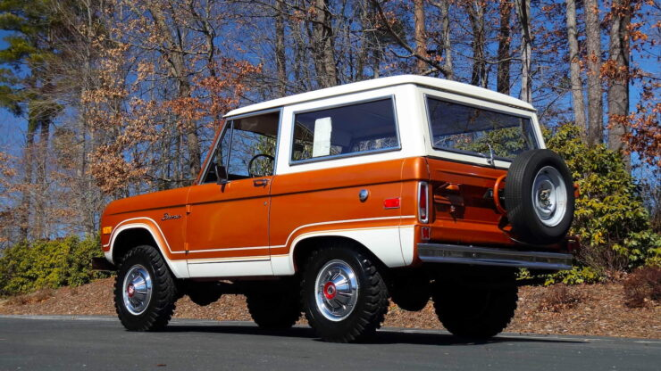 First Generation Ford Bronco 17