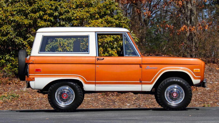 First Generation Ford Bronco 7