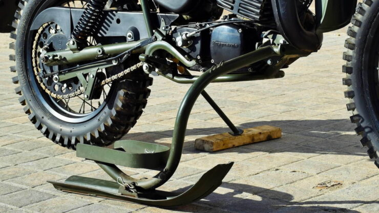 Husqvarna Model 258 Military Motorcycle 15