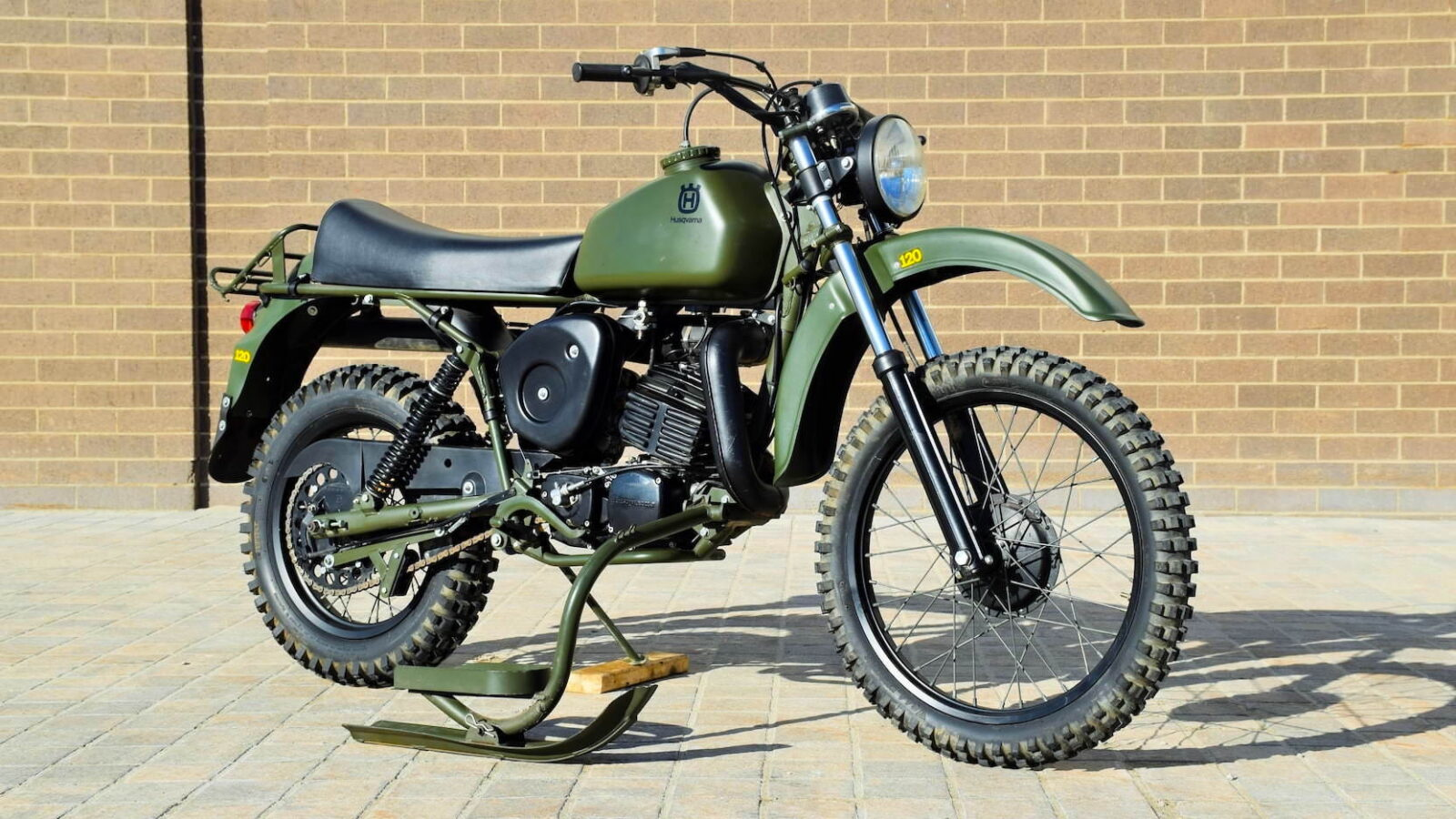 Husqvarna Model 258 Military Motorcycle 3
