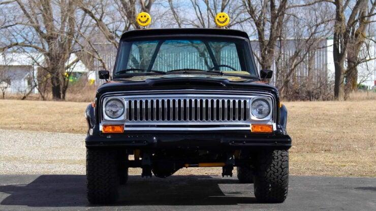 Jeep J10 Golden Eagle Pickup 13