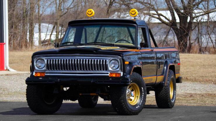 Jeep J10 Golden Eagle Pickup 19