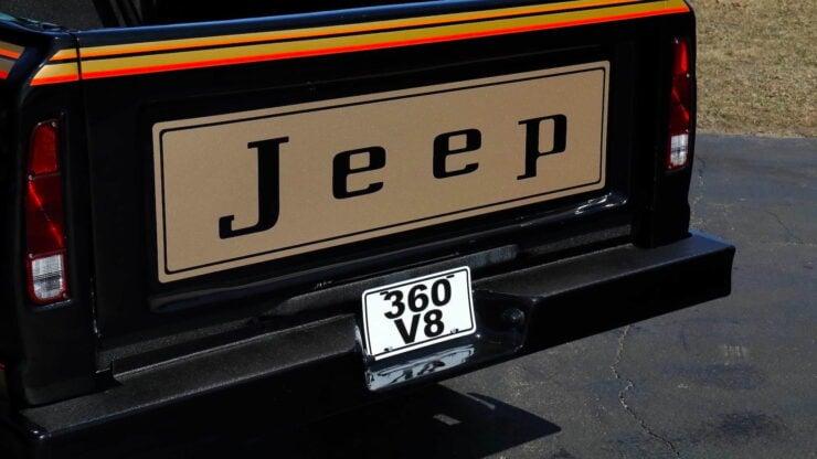 Jeep J10 Golden Eagle Pickup 20