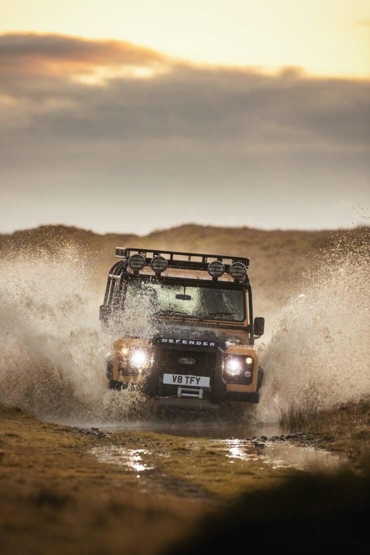 Land Rover Defender Works V8 Trophy 1