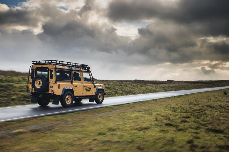 Land Rover Defender Works V8 Trophy 3