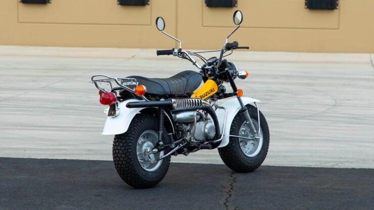 Suzuki RV90 11