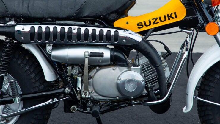 Suzuki RV90 2