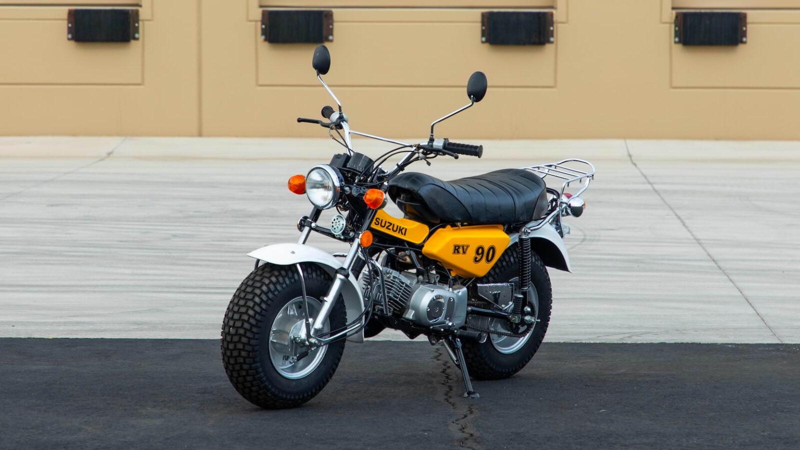 Suzuki RV90 4