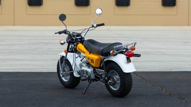 Suzuki RV90 5