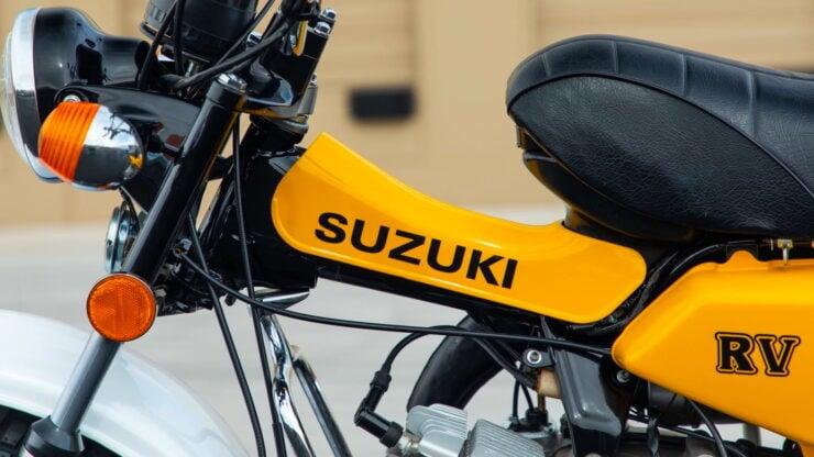 Suzuki RV90 6