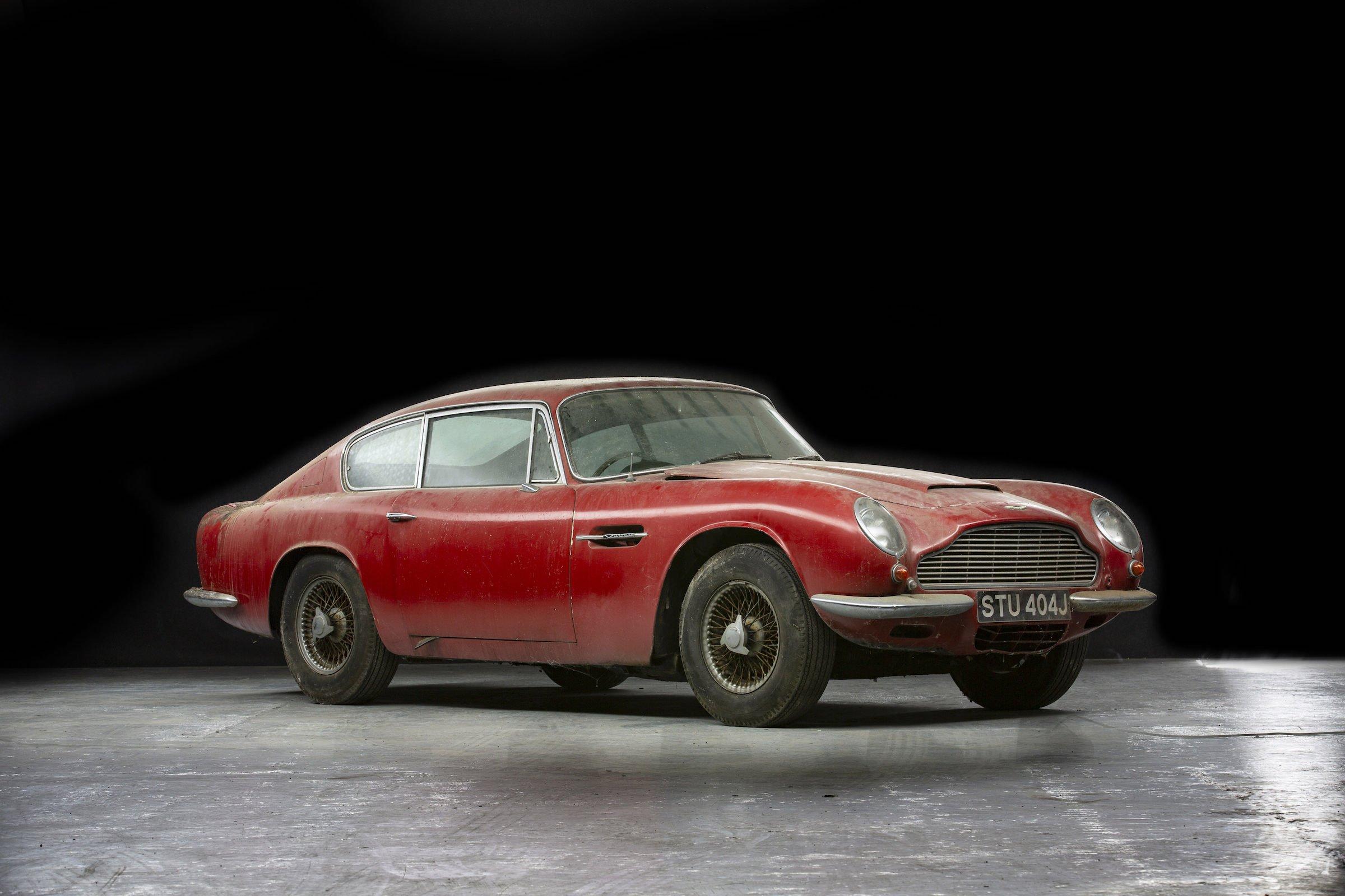 Aston Martin DB6 Vantage
