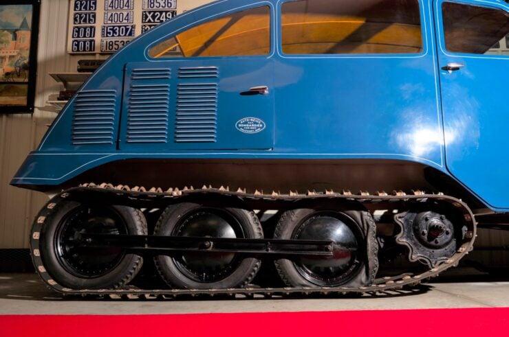 Bombardier B7 Track